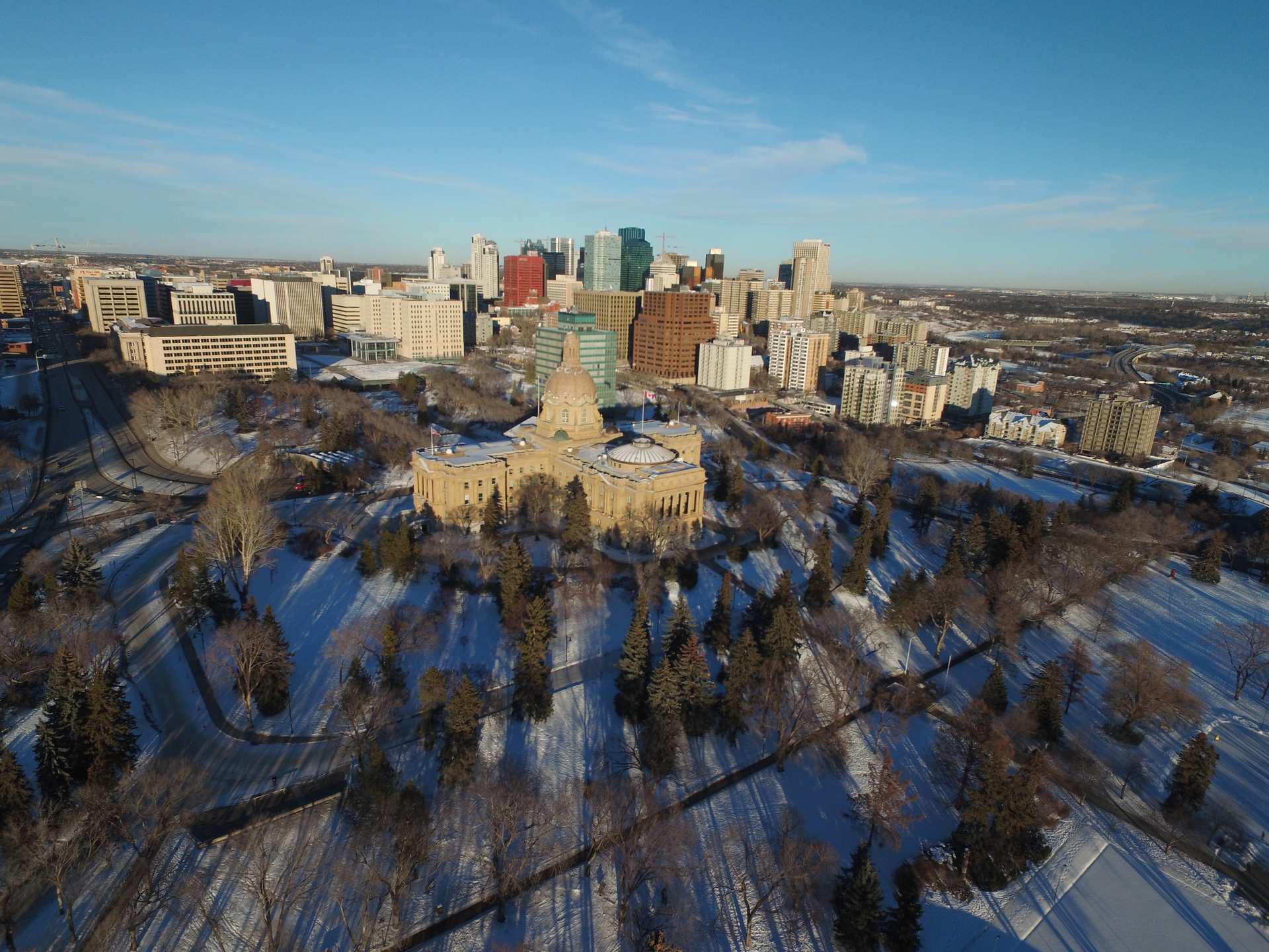 Travel to Edmonton From Canada